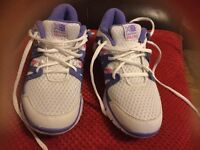 New ladies trainers breathable at front no used size 6
