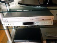 TOSHIBA DVD AND VIDEO PLAYER - MODEL SD-22VB
