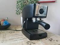DeLonghi coffe machine for sale!!