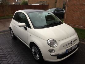 Fiat 500 1.2 lounge 2010 in white