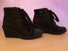Girls/ladies Timberland boots size 4.5