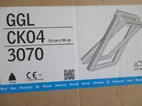 VELUX-GGL-CK04-3070-Pine-Centre-Pivot-Window-55cm-x-98cm