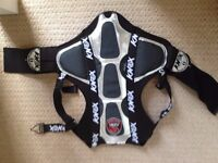 KNOX MOTORBIKE SPINE/ARMOUR, SIZE SMALL, MINT CONDITION