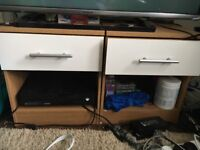 1 last set of bedroom furniture left!! bargain! cheap, wardrobe chest of drawers bedside table
