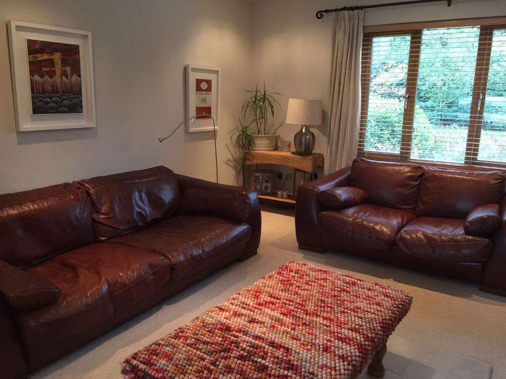 Brown leather Incanto Italian sofas 3 + 2.