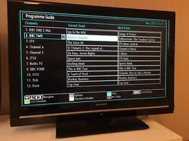 """Sharp 32"""" HD ready LCD tv"""