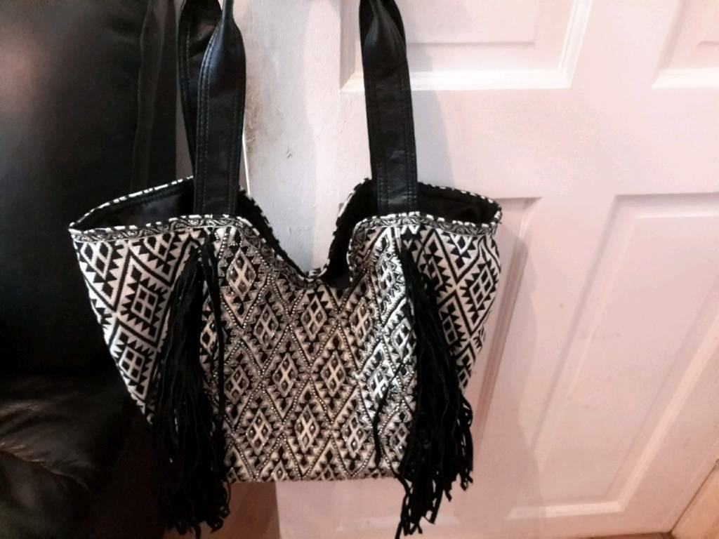 5c7a915c3c33 New Hand Bag. Enfield ...