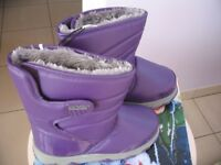 Waterproof snow boots adult size UK 4