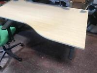 1800mm Waved Desk Tops