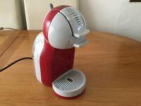 Nescafé Dolce Gusto Mini Me Automatic Coffee Machine - red/grey