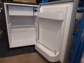 Shoreline R39 12v fridge approx 390 (w) x 365 (d) x 530 (h)