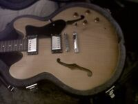 Epiphone Dot with case - Natural