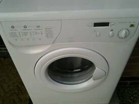 Indesit washing machine in good working order. Can be seen working.