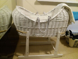 Moses basket with mattress + blanket
