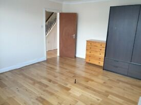 Preston Road large double room £600 per month including all bills