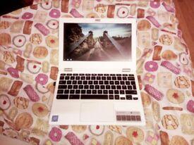 Excellent condition Acer Chromebook laptop