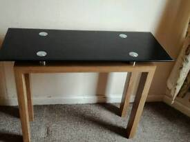 Consul table
