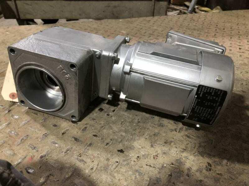 Sumitomo RNYMS02-1220A-G1-50 1/4HP Gear Drive/Speed Reducer 35RPM 50:1 190V 3PH