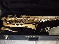 Saxophone - Tenor. Evette, Buffet Crampon.
