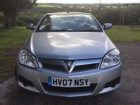 Vauxhall Tigra 1.4 convertible silver new mot exceptional car too drive great for summer