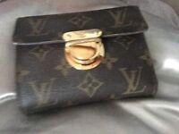 Louis Vuitton monogram joey purse