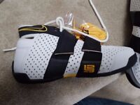*BRAND NEW* Nike Full Length Zoom Air Trainers / Hi-tops / Basketball shoes