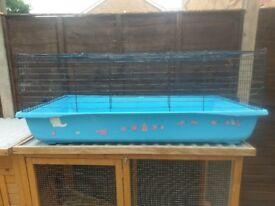 Savic XL guinea pig / rabbit cage