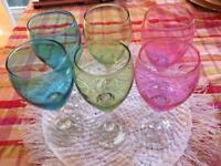 6 colourful wine glasses