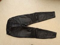 Motorbike Motorcycle Akito Leather Trousers Size 14 Worn only twice