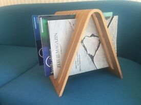 Habitat magazine rack / newspaper stand