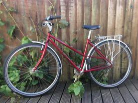 Ladies Bike Road / Hybrid / Town - Raleigh Pioneer 21