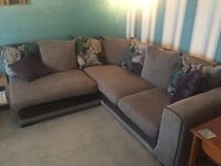 Corner sofa & matching snuggle chair