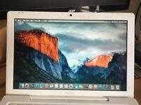 Macbook A1181 2.13GHz Core2Duo 4GB RAM 160GB HDD NVIDIA 9400M