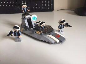 LEGO Star Wars Set 7668 - Rebel Landspeeder Battlepack