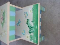 Teamson/ Fantasy Fields Magic Garden wooden step/ stool