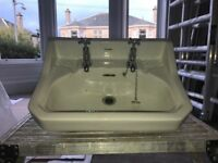 Belfast sink traditional Victorian and bathroom sink