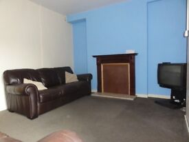 Room Available. Double Bed. Bills Incl. Treforest.
