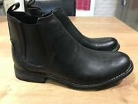 Men's UK size 7 black Chelsea boots