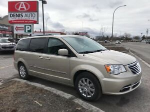 2016 Chrysler Town & Country Touring  ** NAVIGATION** TOIT OUVRA