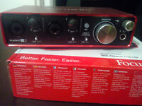 Focusrite Scarlett 2i2 2nd gen USB interface
