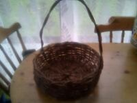 LOVELY THICK WICKER BASKET WITH HANDLE,BRAND NEW CONDITION