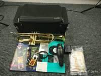 Trumpet yamaha ytr 4335 GII with silent Yamaha system and books
