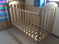 Mamas & Papas Solid Pine Jasmine Cot in Great Condition