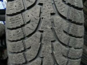 235 65 16 Winter tires, Hankook i pike.