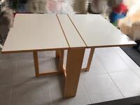 Drop leaf folds down wood dinner folding table