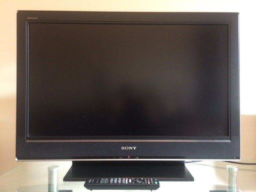 Sony Bravia 32 inch Widescreen Full HD 1080p LCD TV - With Freeview, excellent condition