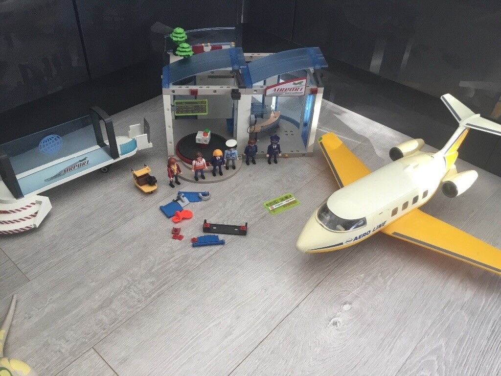 Playmobil Airport & plane set