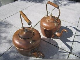 *** LARGE VICTORIAN COPPER KETTLE X 2 ~ LOVELY UNRESTORED CONDITION ~ GREAT PATINA £30 07739 329 389