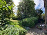 *garden* recently refurbished spacious one bedroom