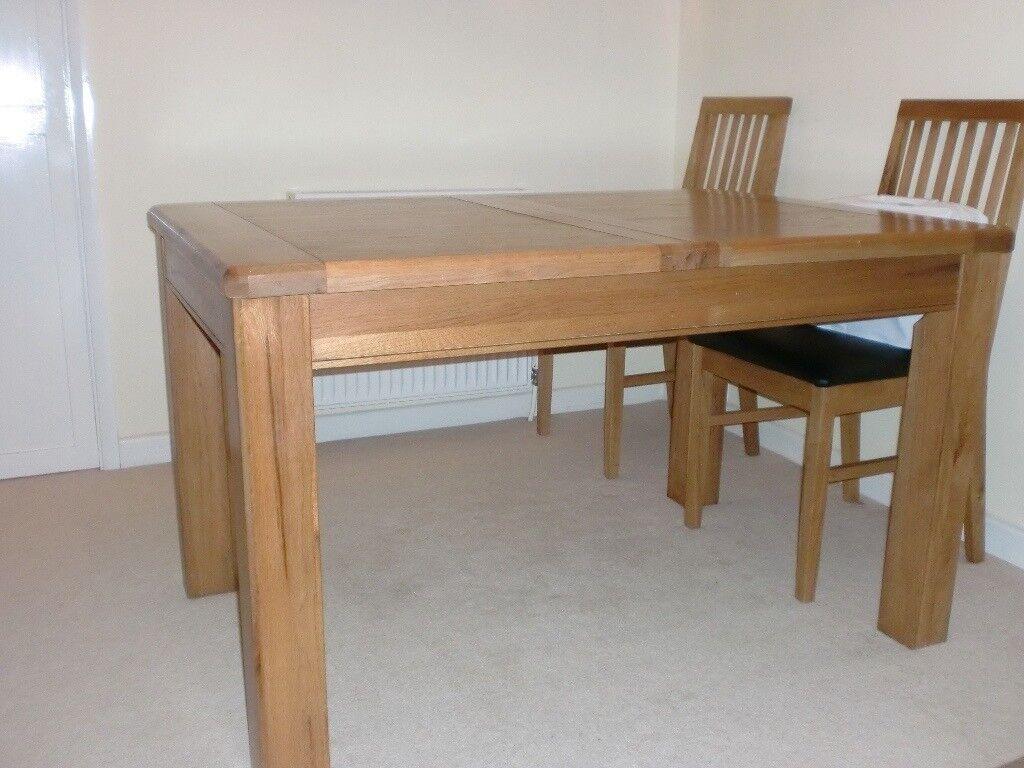 Solid Light Oak Extending Rectangular Dining Table In Tilehurst Berkshire Gumtree